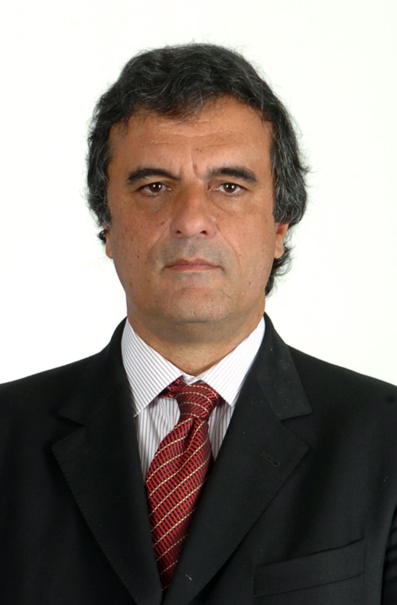 http://congressoemfoco.uol.com.br/UserFiles/Image/Jos%C3%A9%20Eduardo.JPG