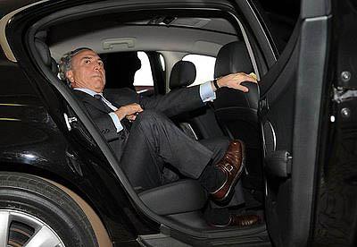 Na Câmara, os deputados da Mesa, como Michel Temer, têm direito a carro oficial (Fábio Pozzebom/Abr)