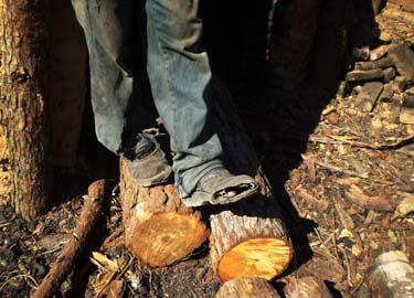 Trabalhadores sem botas