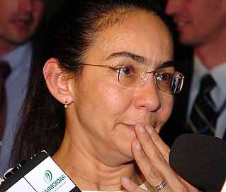 Heloísa diz que enfrentou o mais sórdido conluio entre os que vivem nos esgotos do Planalto
