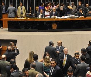 Levantamento mostra que Dilma, se eleita, terá Câmara ainda mais favorável do que teve Lula