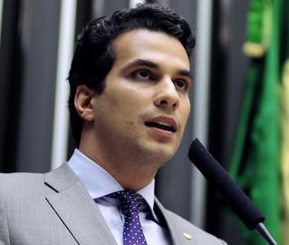 Filho de Kátia Abreu, Irajá Abreu explica em entrevista por que ele e sua mãe trocaram o DEM pelo PSD