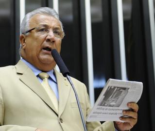 O deputado federal Jackson Barreto, candidato a vice de Marcelo Déda em Sergipe, entra na lista de impugnados com base na Lei da Ficha Limpa