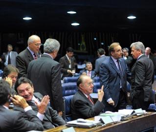 Em quatro anos, única vez em que os 81 senadores apareceram para trabalhar foi para absolver Renan Calheiros