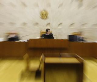 STF, afinal, sai do impasse e, no julgamento de Jader, resolve que ficha limpa vale para este ano