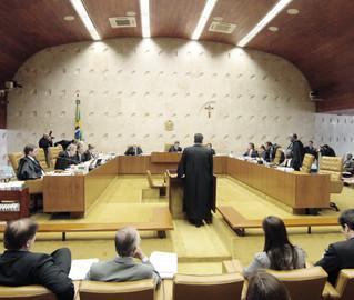 Supremo adia decisão sobre recurso de Joaquim Roriz e deixa indefinido se ficha limpa vale ou não para estas eleições